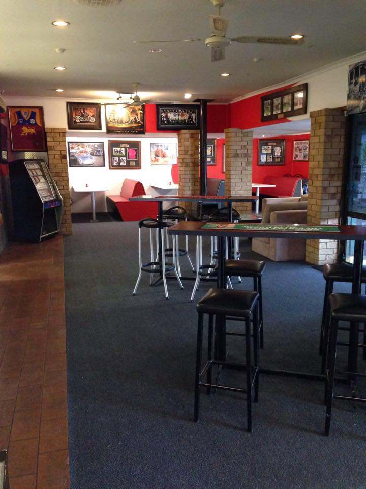 The Back Page Sports Bar  Grill - Lismore Accommodation