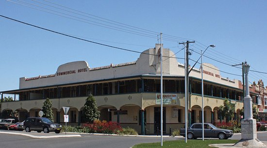 Commercial Hotel - Lismore Accommodation