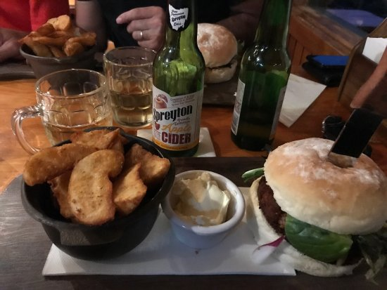 Peppers Cradle Mountain Lodge Tavern Bar  Bistro - Lismore Accommodation