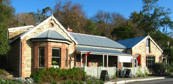 Emprades Petit Cafe - Lismore Accommodation