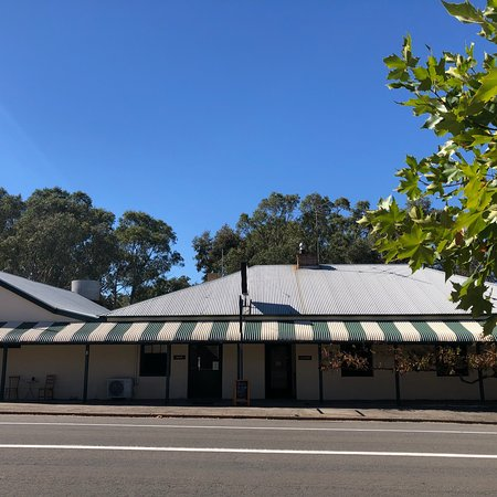Eden Valley Hotel - Lismore Accommodation