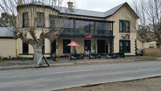 Totness Inn Hotel - Lismore Accommodation