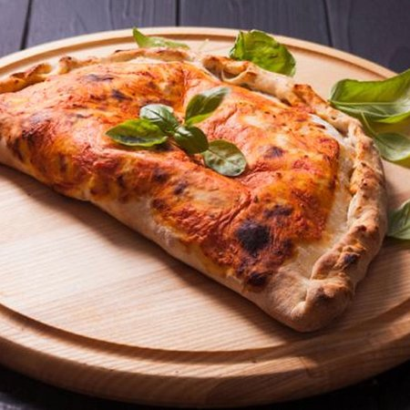 Straddie Wood Fired Pizza - Lismore Accommodation