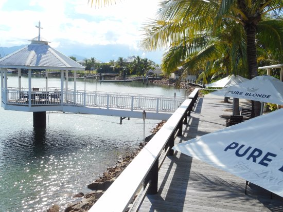 Waterfront Restaurant  Bar - Lismore Accommodation
