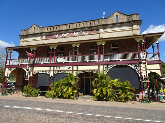Railway Hotel Pub - Lismore Accommodation