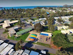 Victor Harbor Holiday  Cabin Park - Lismore Accommodation