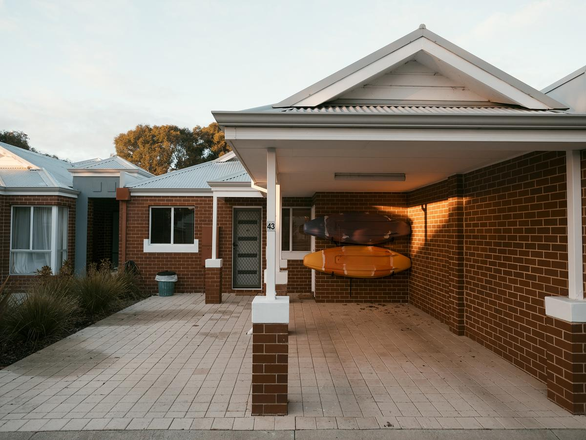FortyThree - Oceanside Retreat Busselton - Lismore Accommodation
