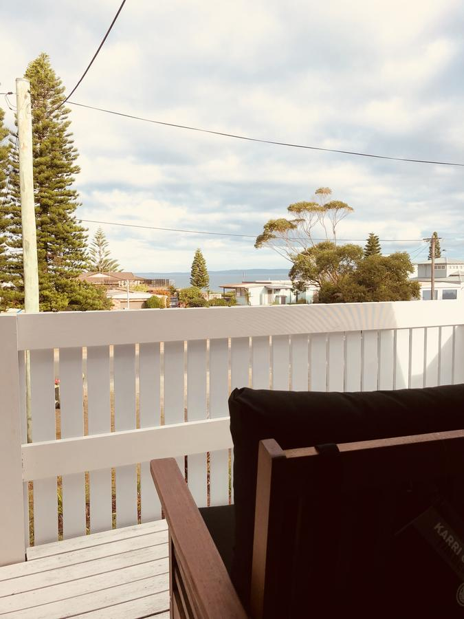 Little Blue Beach House - Lismore Accommodation
