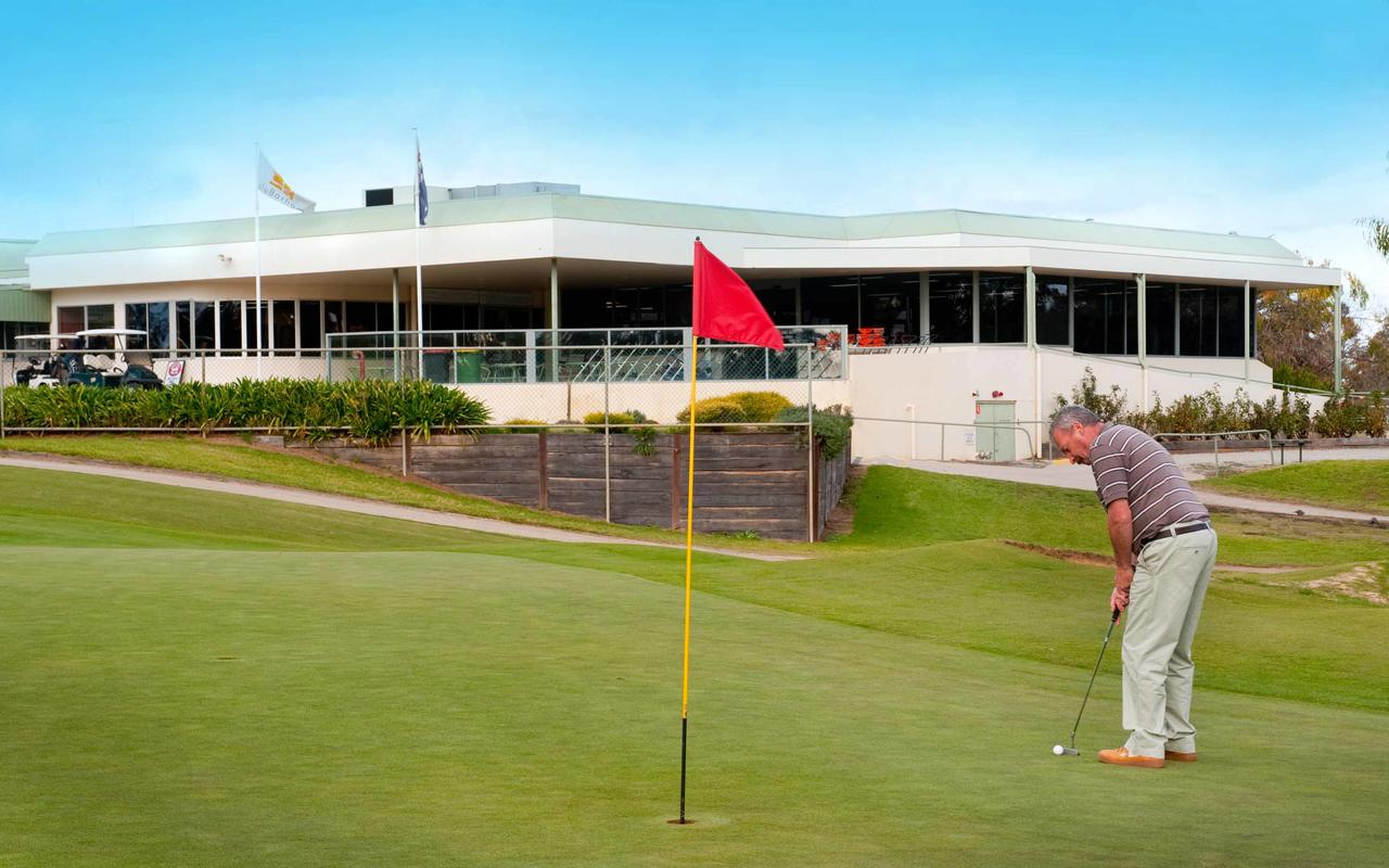 cluBarham Golf Resort - Lismore Accommodation