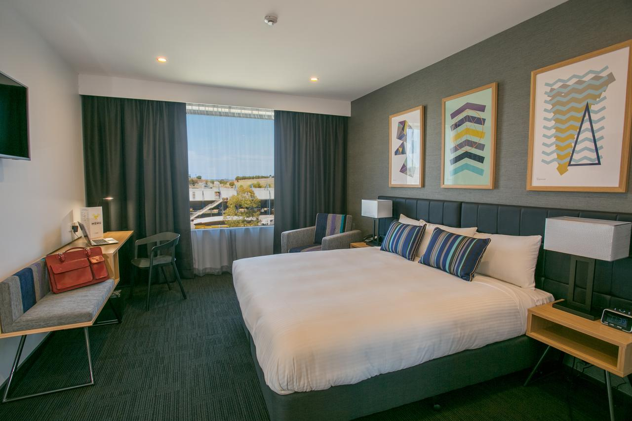 Alpha Hotel Eastern Creek - Lismore Accommodation