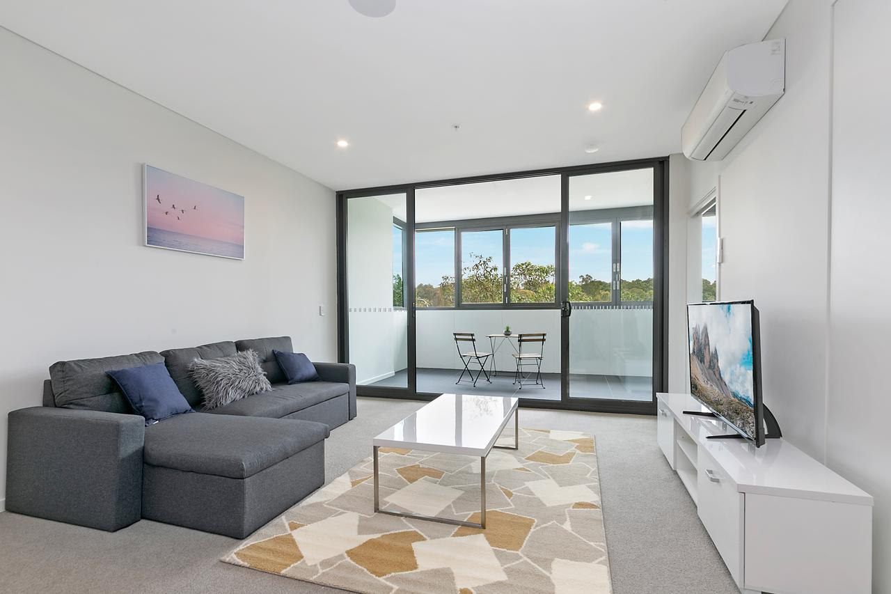 Stylish and Neat two bed apartment in Wentworth Point - Lismore Accommodation