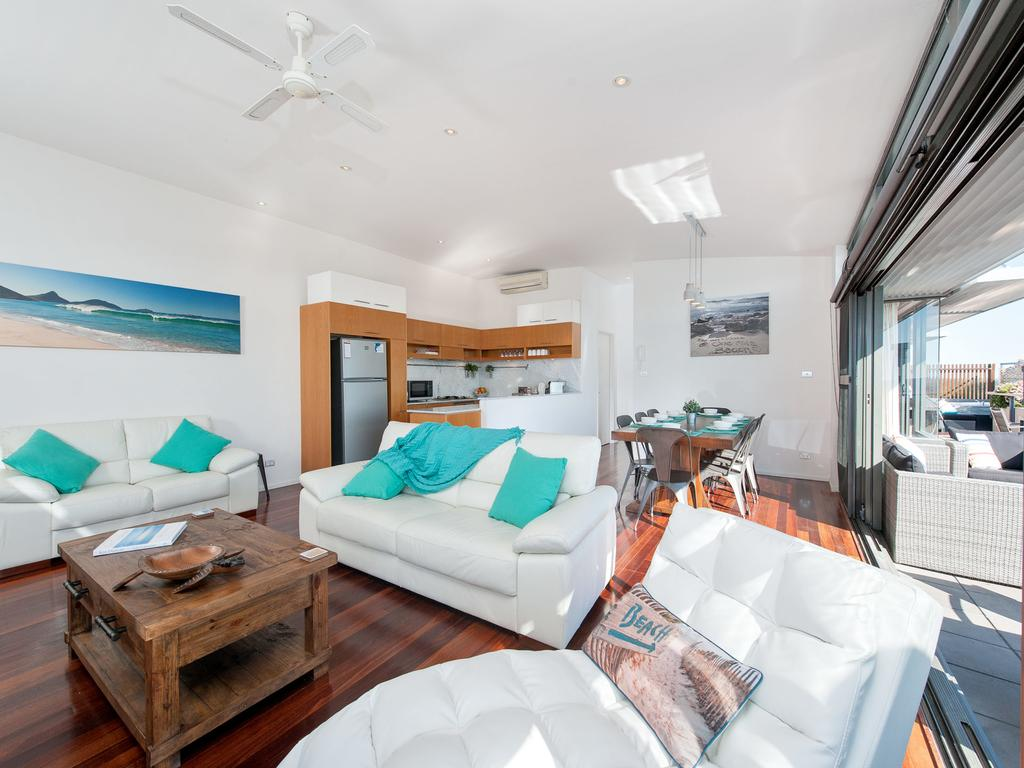 One Mile Cl, Townhouse 22, 26, The Deckhouse - Lismore Accommodation
