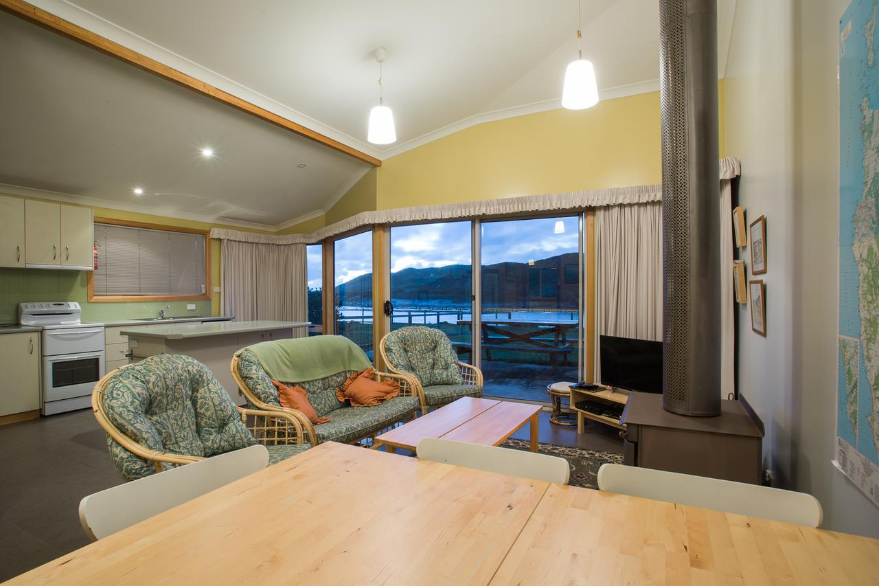 Arthur Riverfront and Sea Lodge downstream - Lismore Accommodation