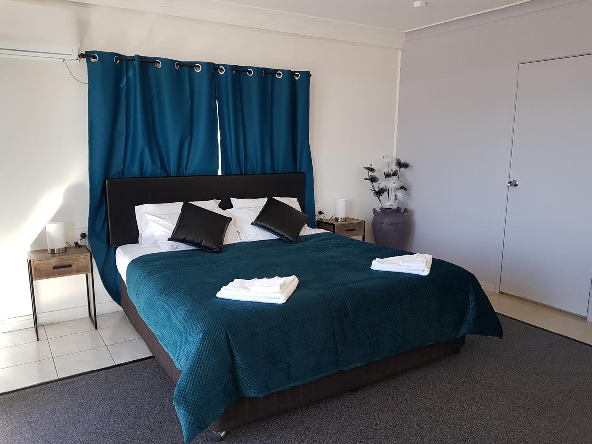 The Q Motel Rockhampton - Lismore Accommodation