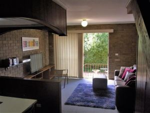 A Furnished Townhouse in Goulburn - Lismore Accommodation