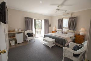 Batemans Bay Manor - Bed and Breakfast - Lismore Accommodation